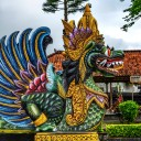 Información general sobre la temporada de lluvias en Bali en Indonesia, así como una breve vista de la fantástica comida y los platos en Bali.