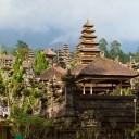 Lern sul Tempio Madre Pura Besakih il Tempio di Bali, Indonesia