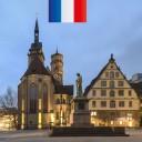 Dans cette nouvelle leçon, vous apprendrez tout sur l'histoire de la Stiftskirche à Stuttgart. Il est situé au cœur de la ville et juste à côté du Vieux Palais sur la Schillerplatz. A l'heure de Noël, vous trouverez le marché de Noël ici.