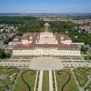 Maak kennis met het barokke paleis in Ludwigsburg. De ruime tuin en de betoverende sprookjestuin zullen u inspireren. Leer alles in 9 korte lessen.