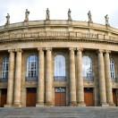 In deze cursus leert u alles wat u moet weten over de opera van Stuttgart. 9 lessen met feiten over dit historische gebouw